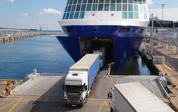 ¿Cómo disminuir los robos a camiones salmoneros?