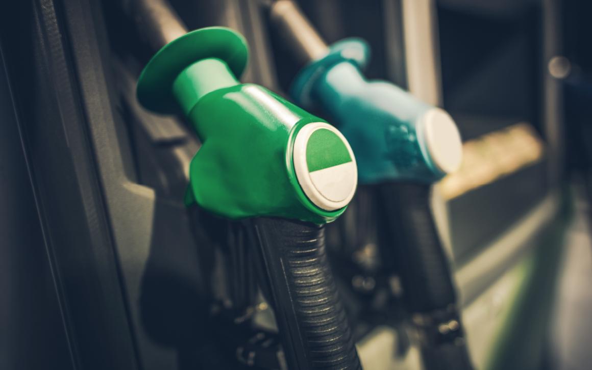 Descubre el ahorro de combustible en camiones con telemetría Sitrack
