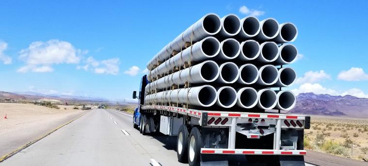 Ejemplos de cargas peligrosas en transporte carreter